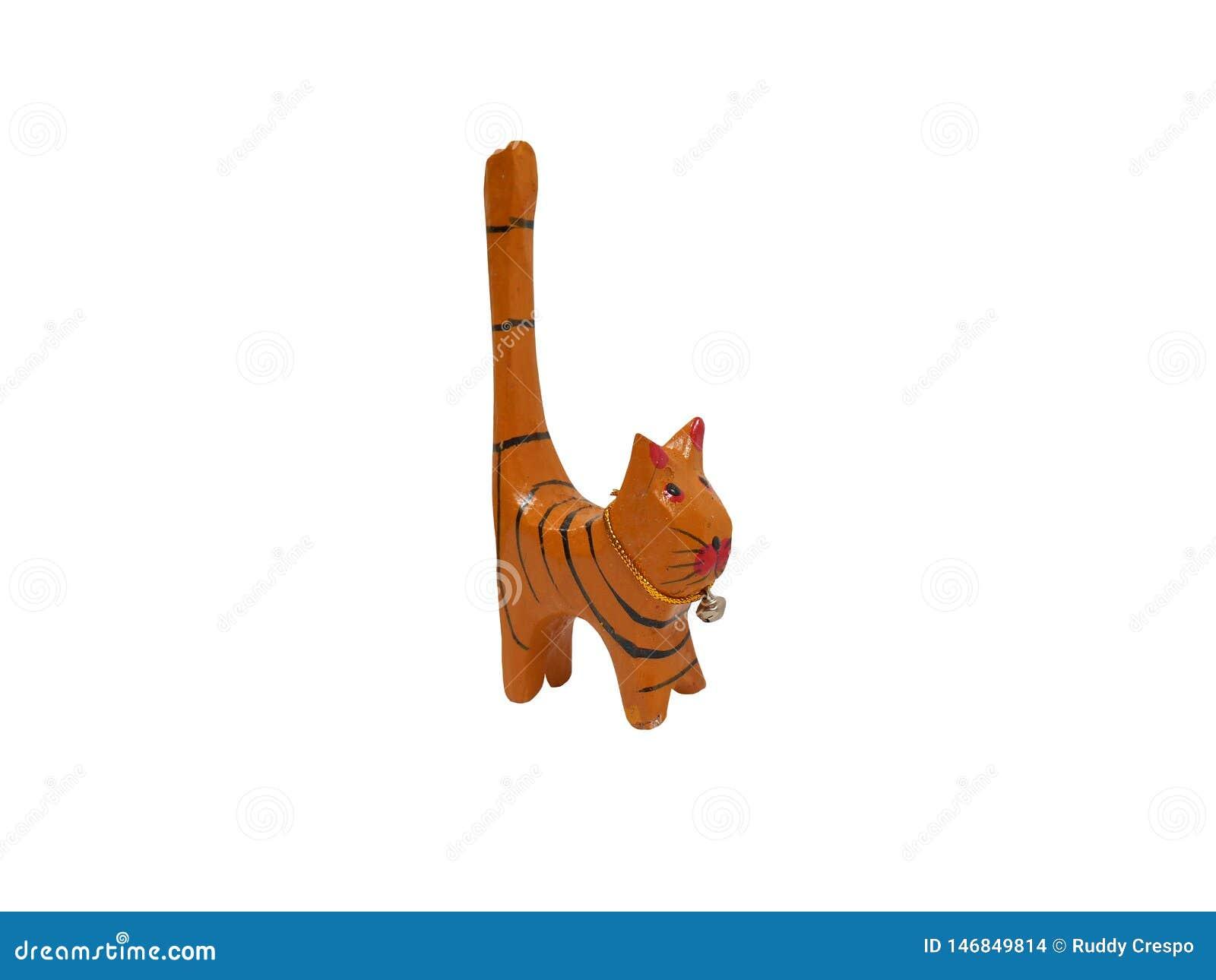 Le beau chat en bois a découpé à la main