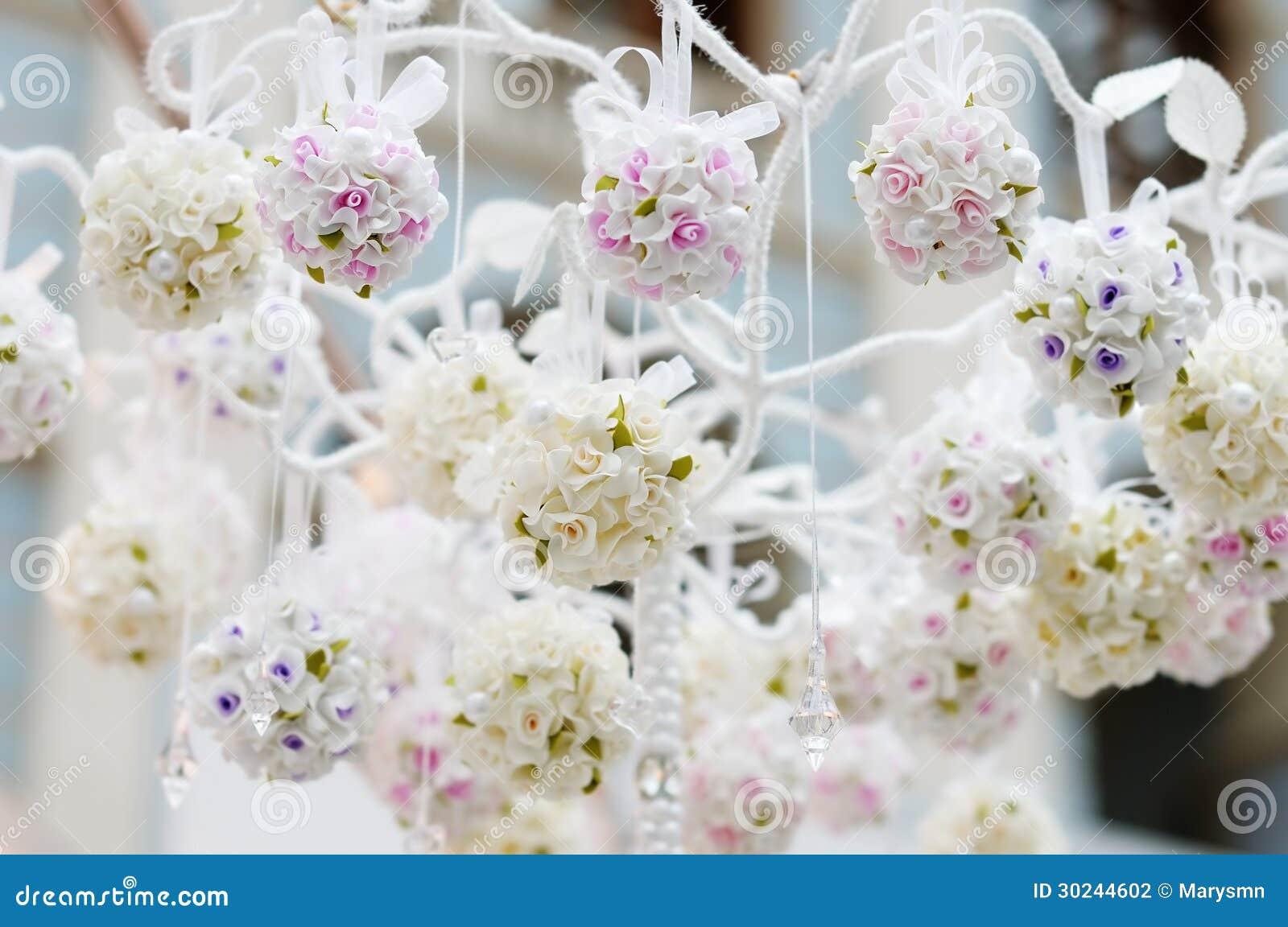 Belle décoration de fleurs