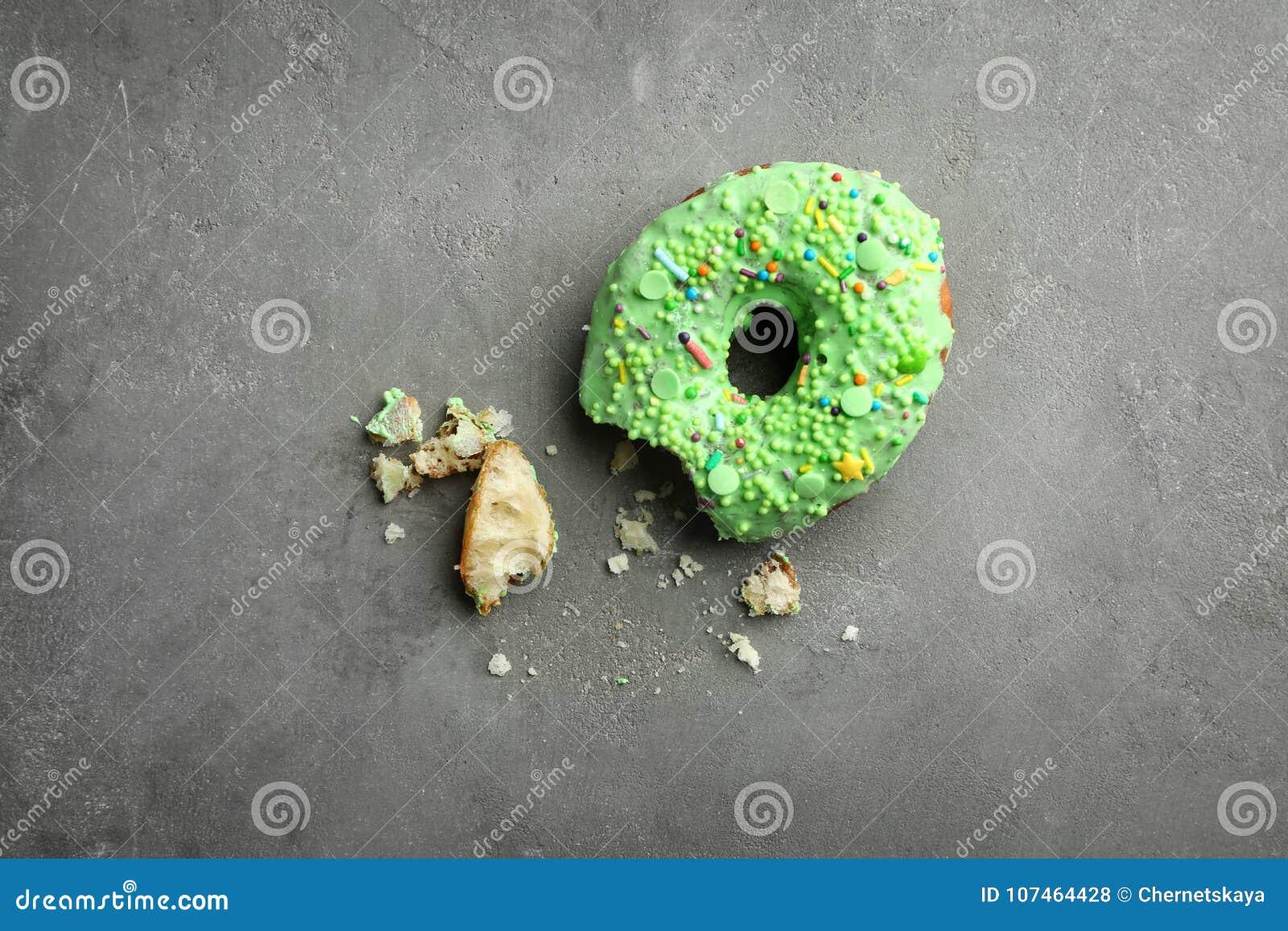 Le beignet vert avec arrose