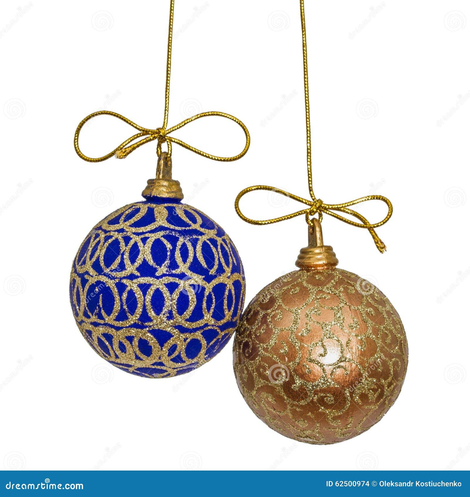 Le belle palle di natale sono sospese su un filo dell 39 oro - Decorazioni sospese ...