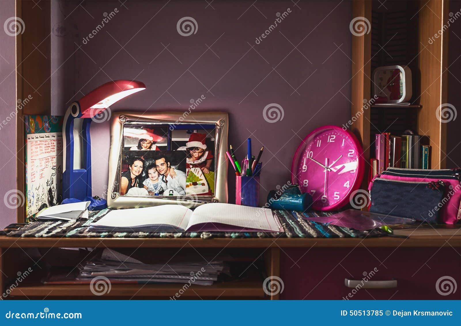 Chaise de bureau pour fille bureau enfant fille u laguerredesmots