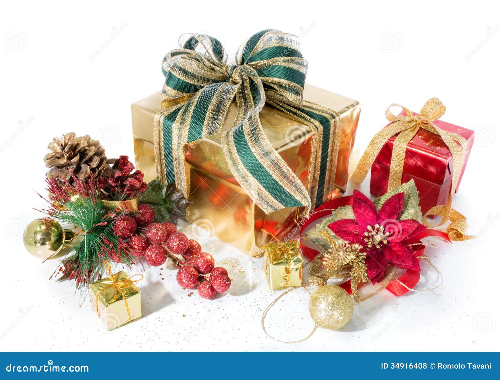 Le cadeau empaquette Noël rouge et d or, avec des décorations