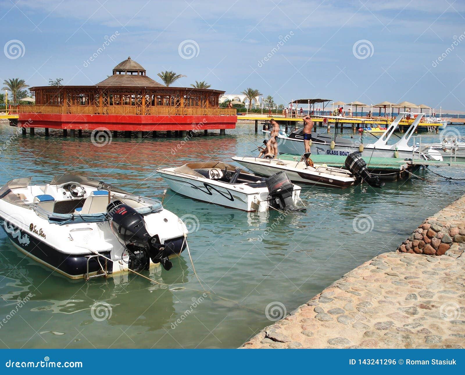 Le Caire, Egypte Le terminal de r?cipient baltique du 25 mai ? Gdynia, c?l?brant 10 ans de privatisation, a invit? des r?sidents