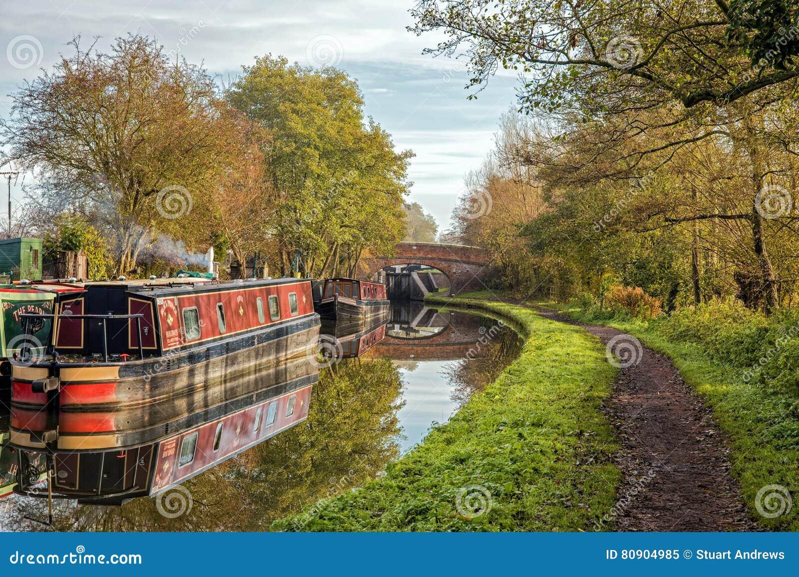 Le canal de Worcester et de Birmingham, chargent antérieurement, Worcestershire