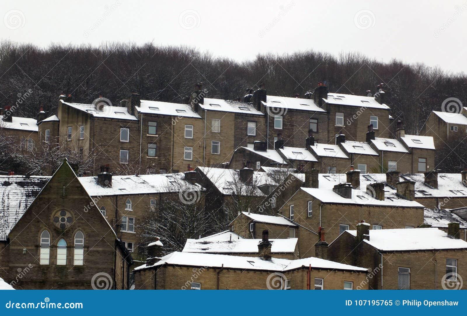 Le Case A Terrazze Coperte In Neve Dentro Hebden Il Ponte West ...