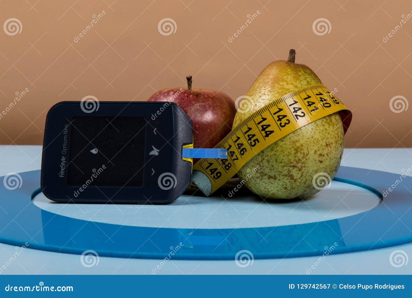 Le cercle bleu avec de l équipement de diabète font le traitement la maladie