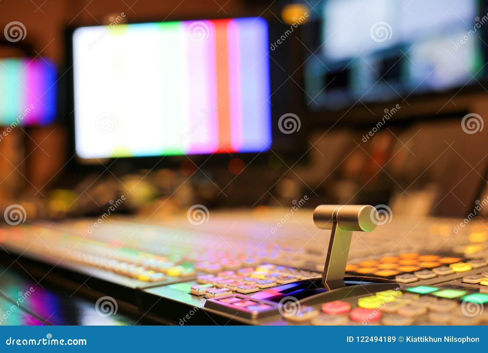 Le changeur se boutonne dans la chaîne de télévision de studio, l audio et la vidéo Productio