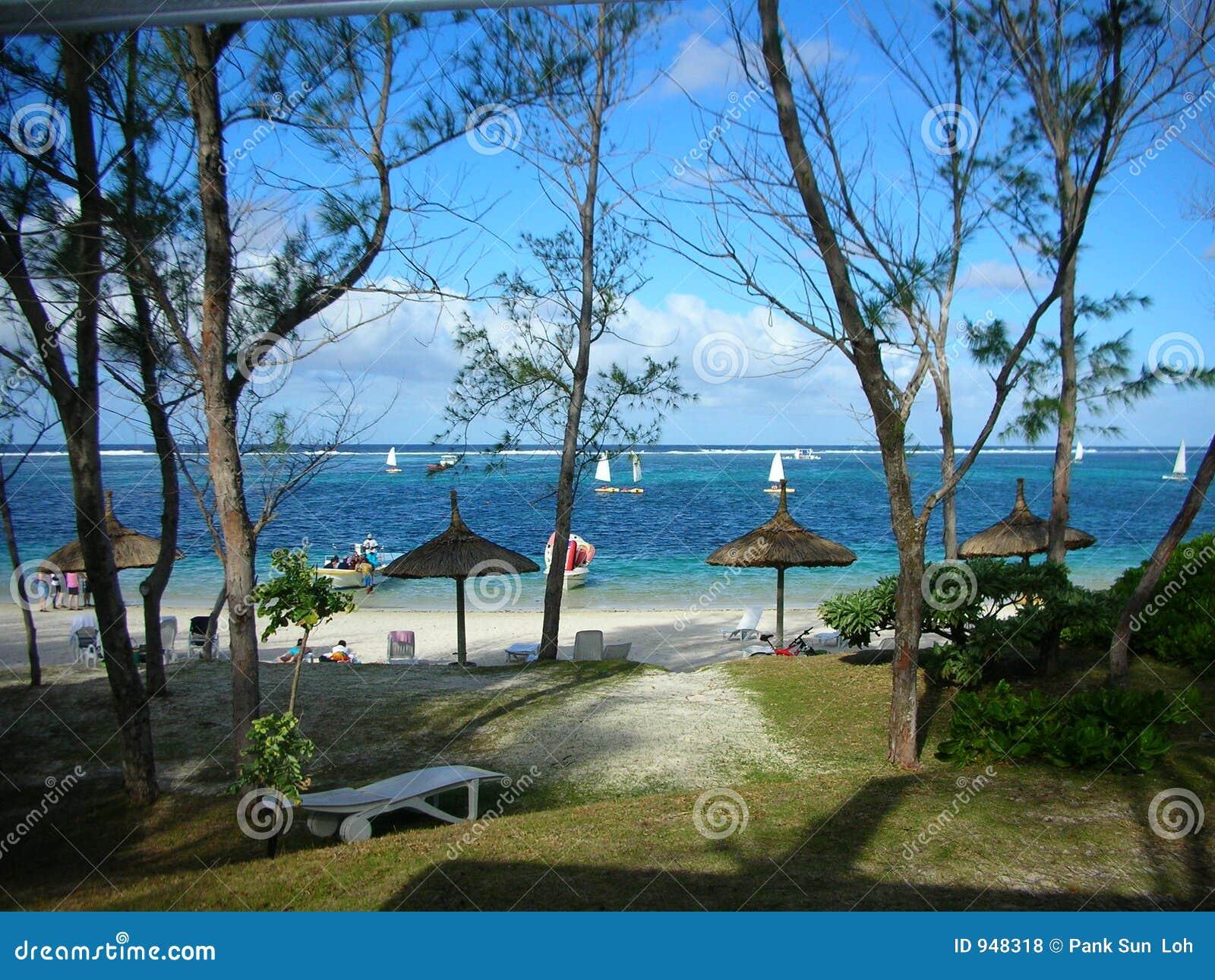 mauritius nude beach vid free