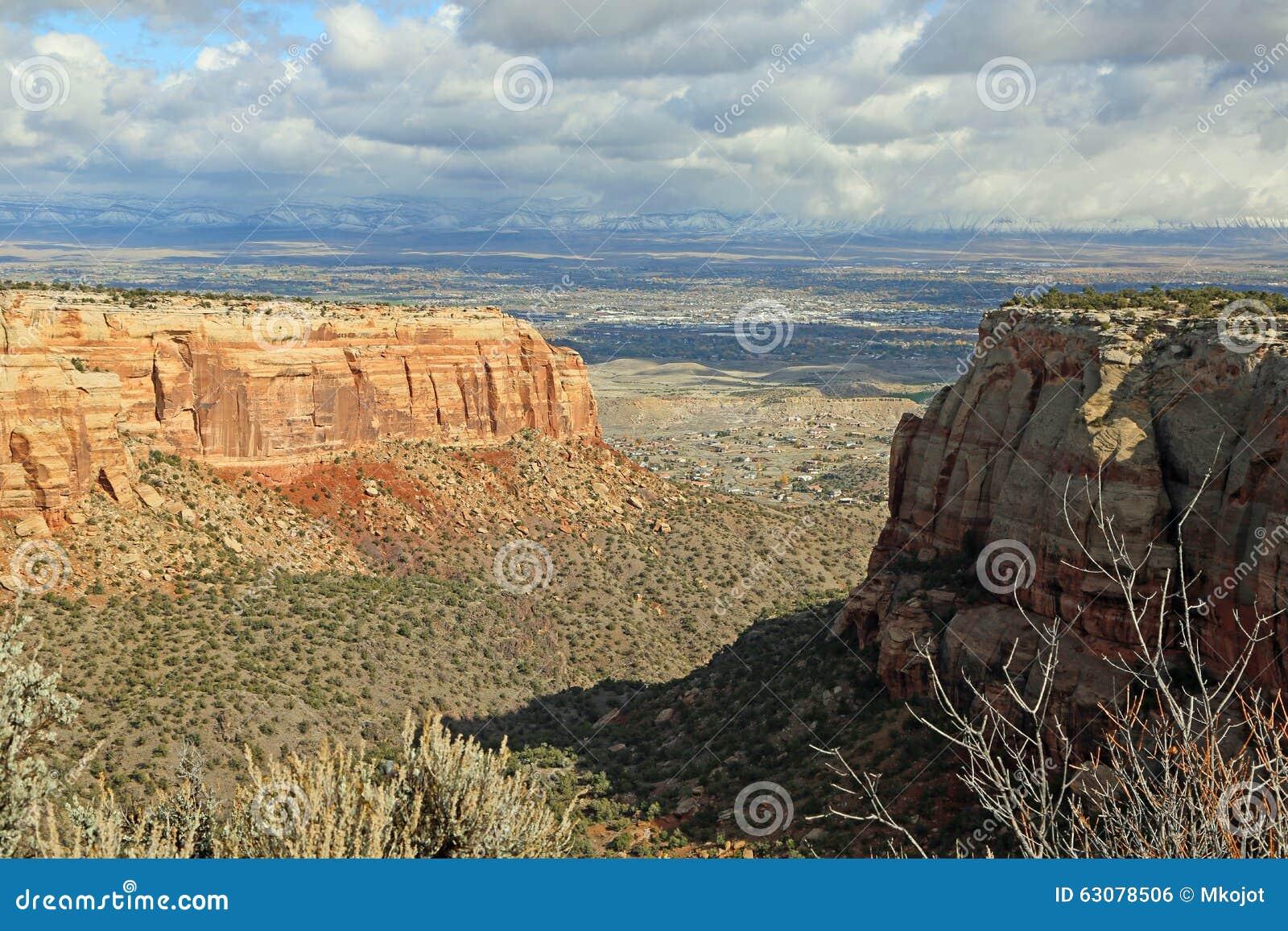 Download Le Colorado nanomètre photo stock. Image du érodé, vert - 63078506