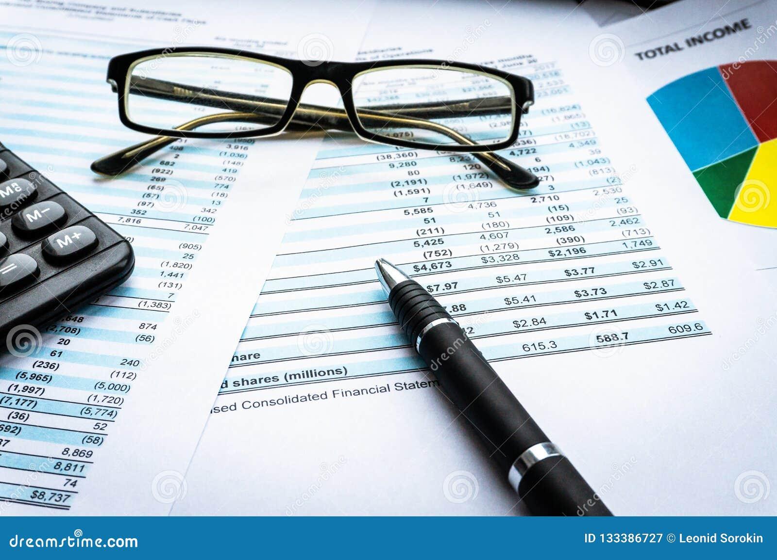 Le concept de financement d opérations bancaires de comptabilité d entreprise, calculent l investissement et la stratégie commerc
