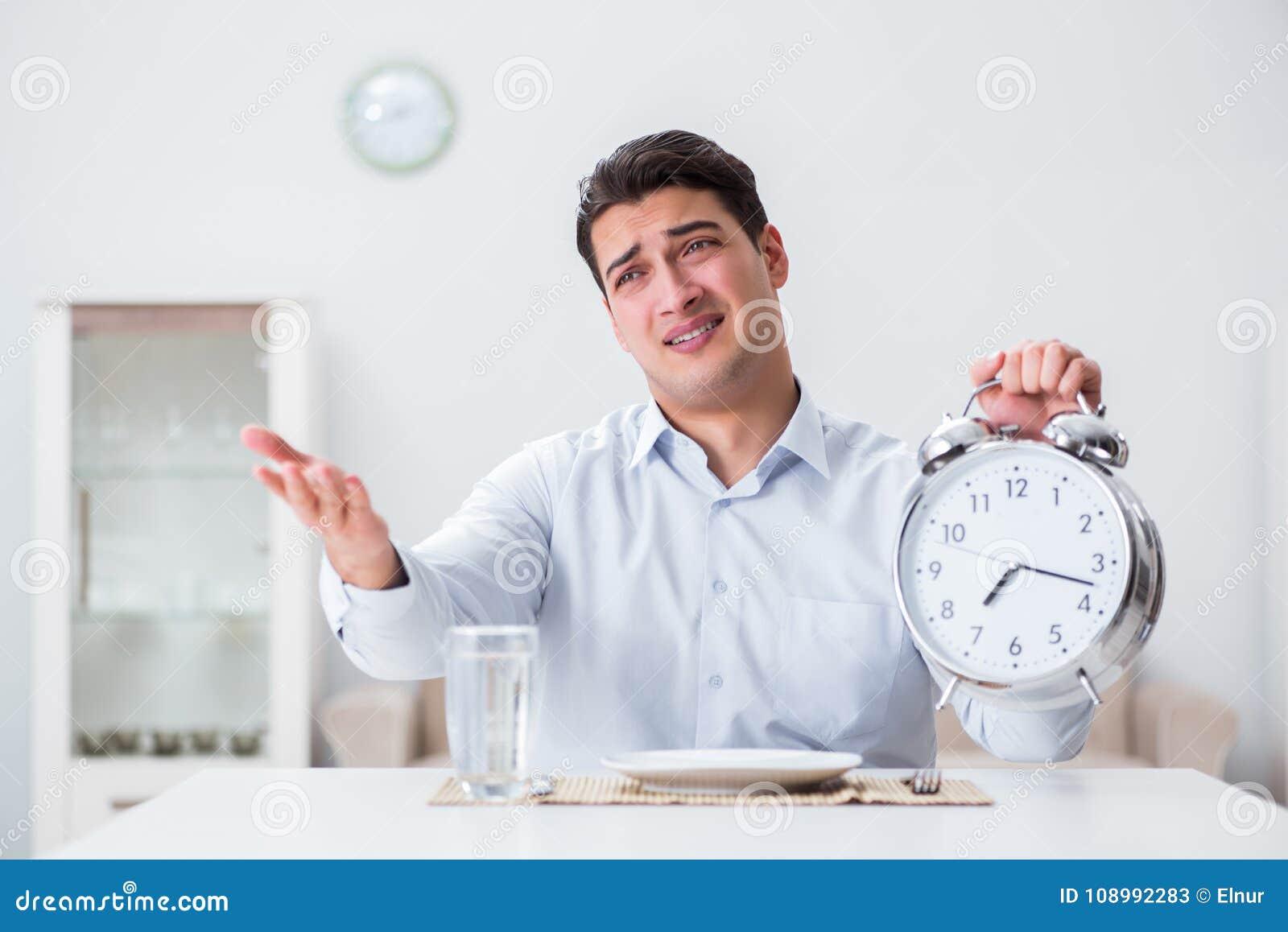 Le concept du service lent dans les restaurants