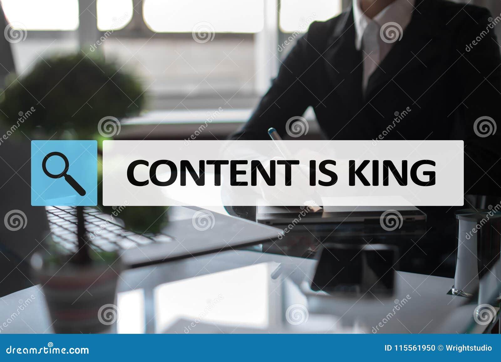 Le contenu est texte de roi dans la barre de recherche Affaires, technologie et concept d Internet Vente de Digital