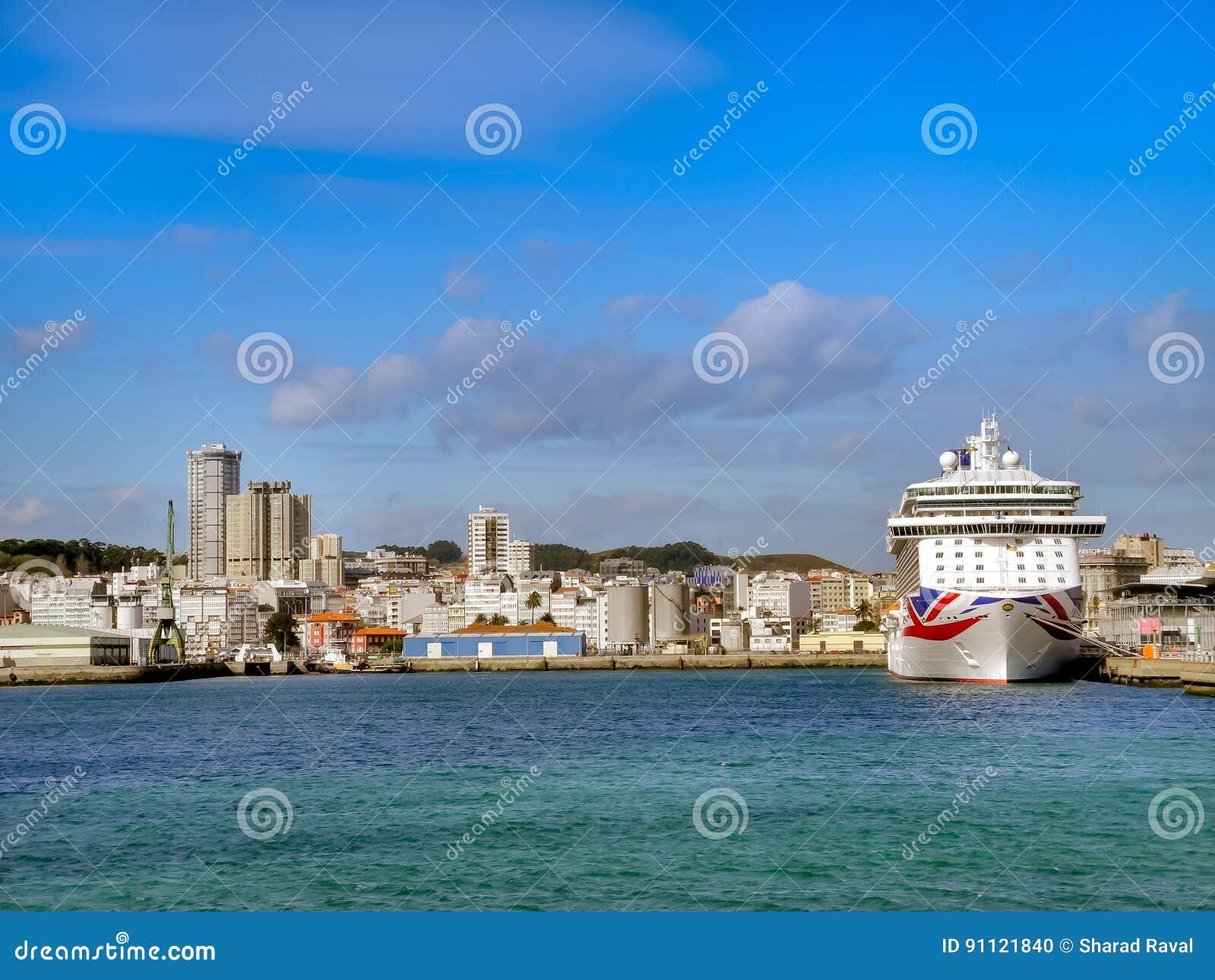 Le ` de luxe du ` BRITANNIA de croisière de P&O Cruises Company
