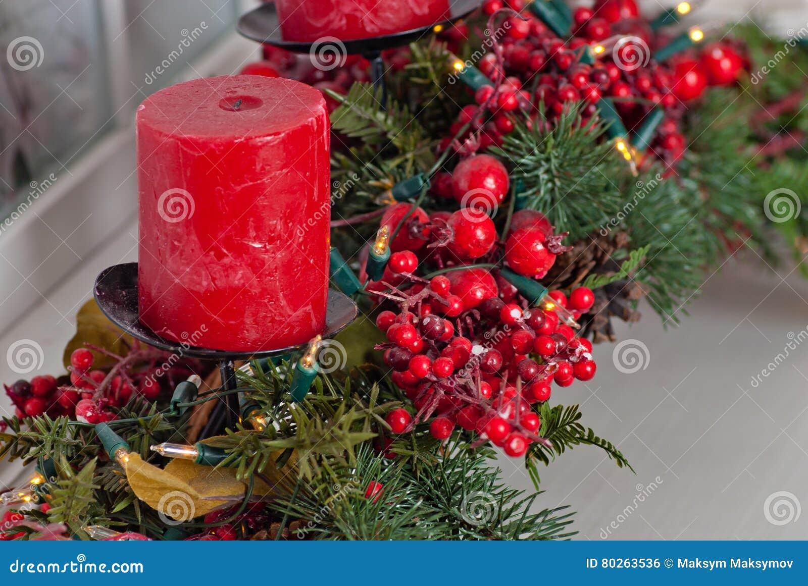 Decorare Candele Di Natale : Decorare candele rosse candele rosse non tossiche del dolce di