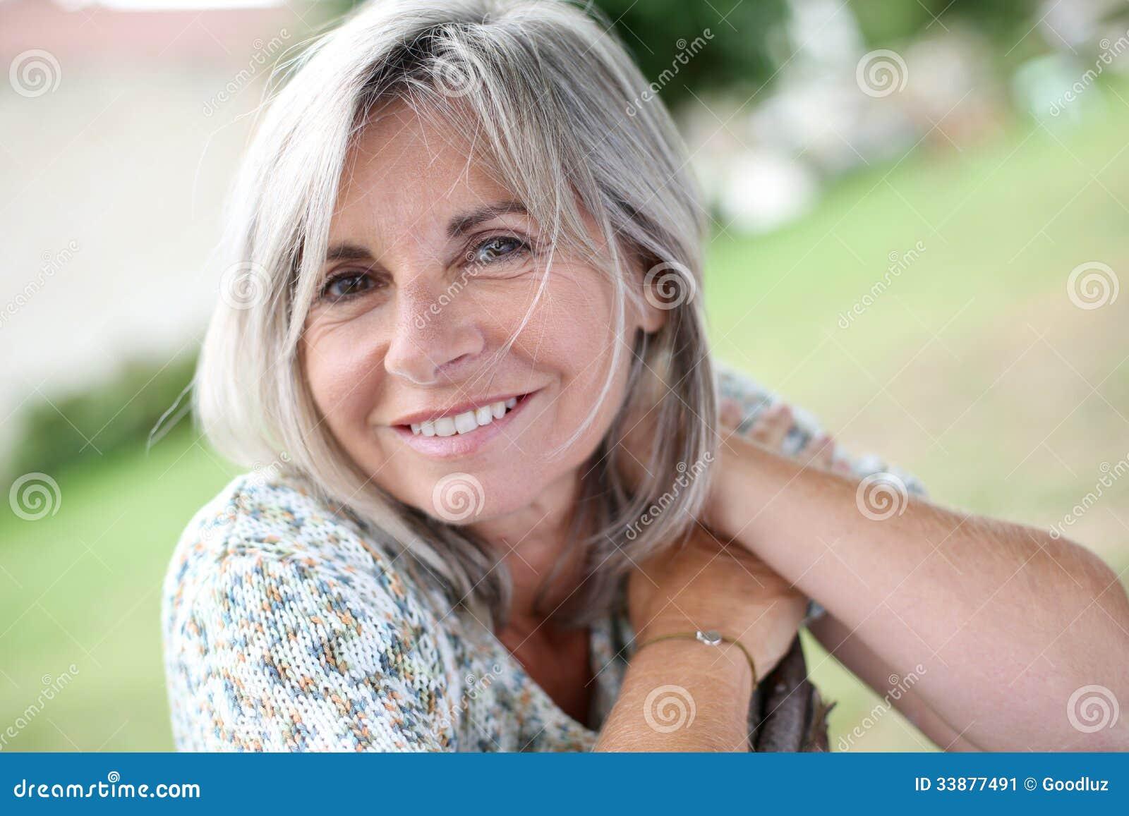 badoo logga in mogna kvinnor bilder
