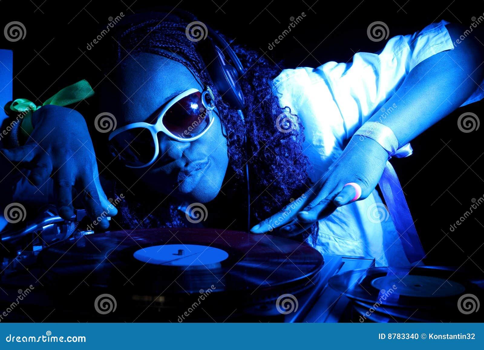 Le DJ afro-américain