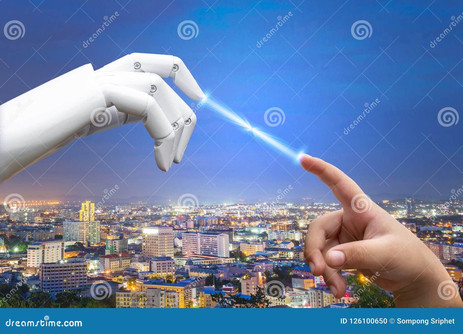 Le doigt humain de main d intelligence artificielle de futur enfant robotique de transition a frappé le robot