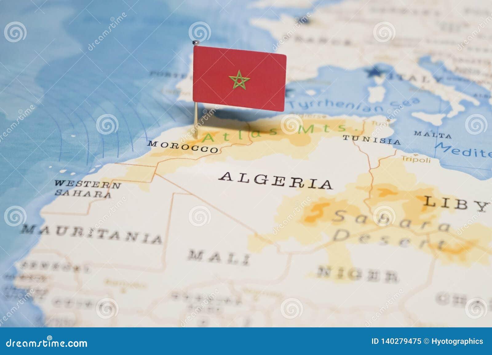 maroc carte du monde Le Drapeau Du Maroc Dans La Carte Du Monde Image stock   Image du
