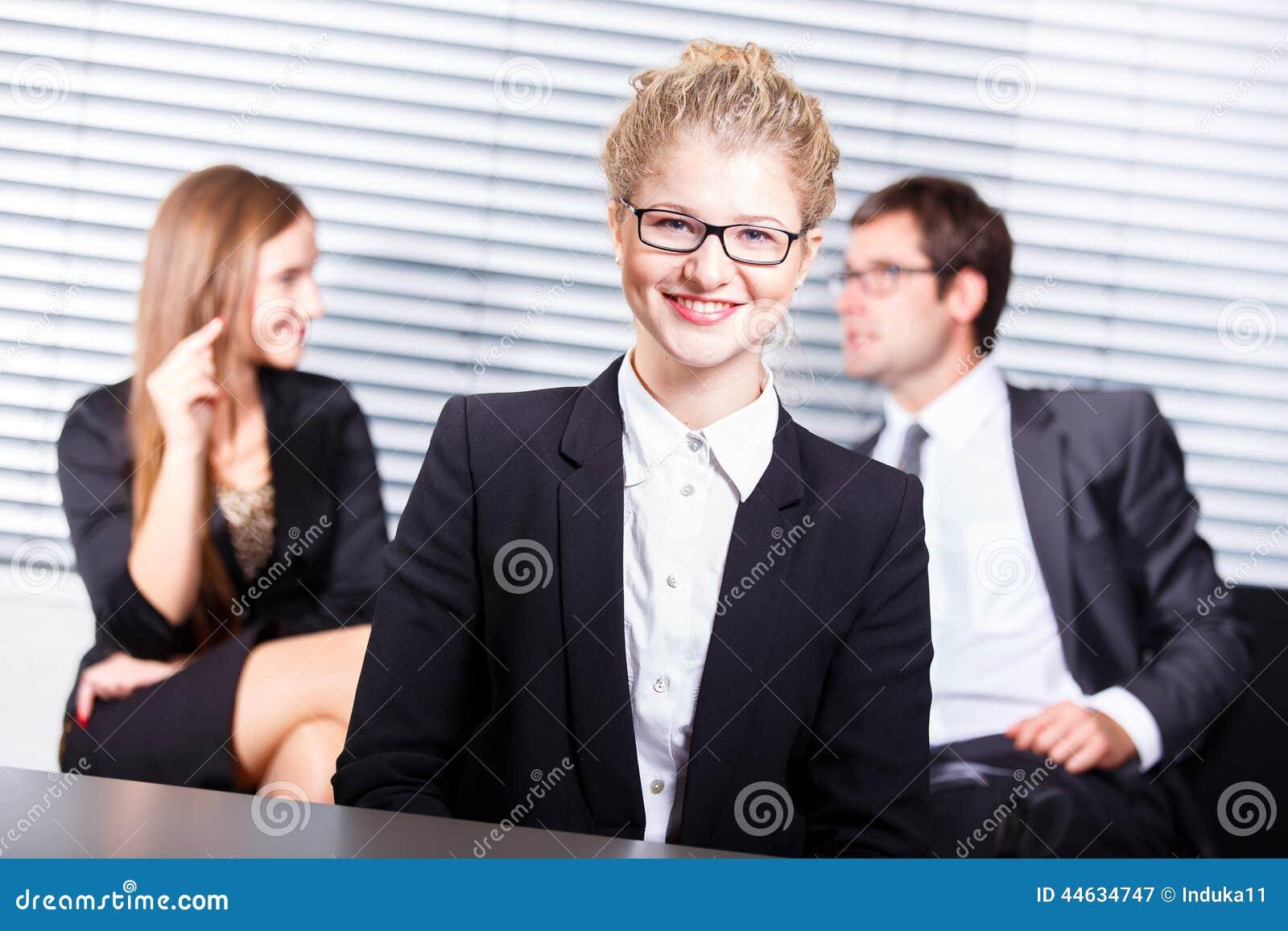 Le för affärskvinna