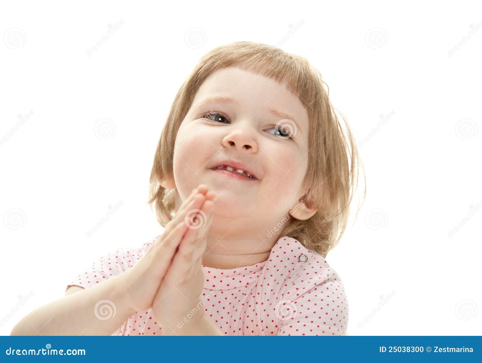 Le för stående för barncloseup lyckligt
