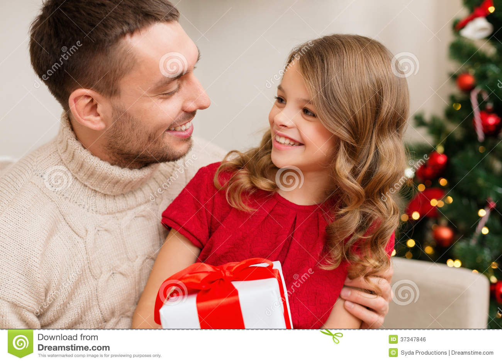 Le fadern och dottern som ser de