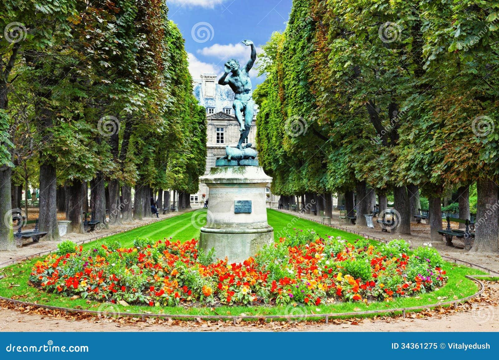 Le faune de danse le luxembourg font du jardinage jardin for Le jardin de france