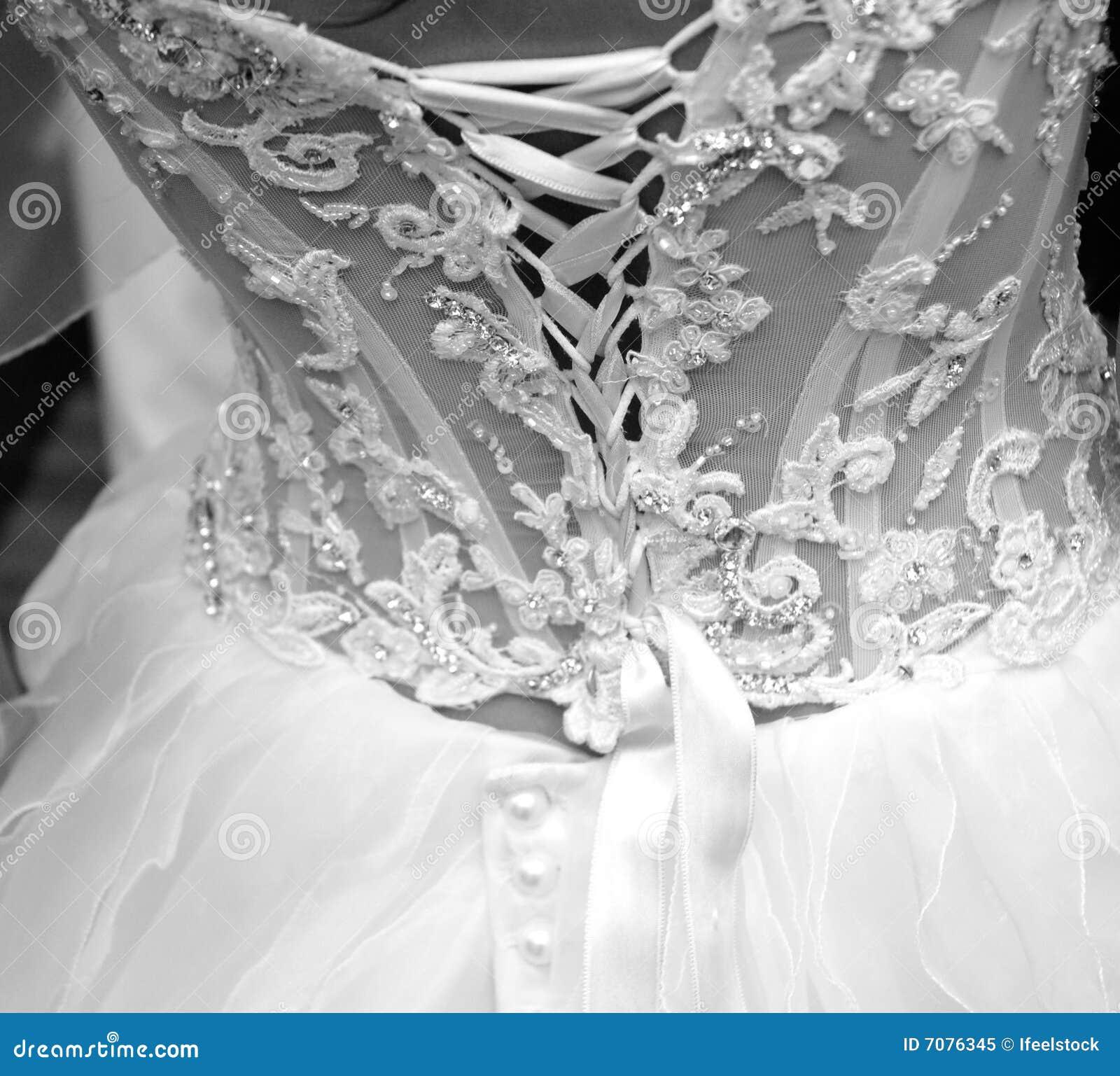 le femme d 39 un mariage noir et blanc photo libre de. Black Bedroom Furniture Sets. Home Design Ideas