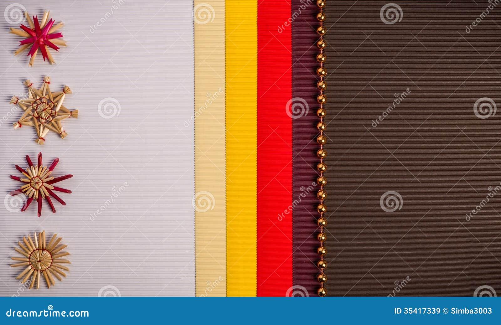 Le fond pour la couleur de d coration de paille de vacances de carte de voeux de no l rouge et - Couleur jaune paille ...