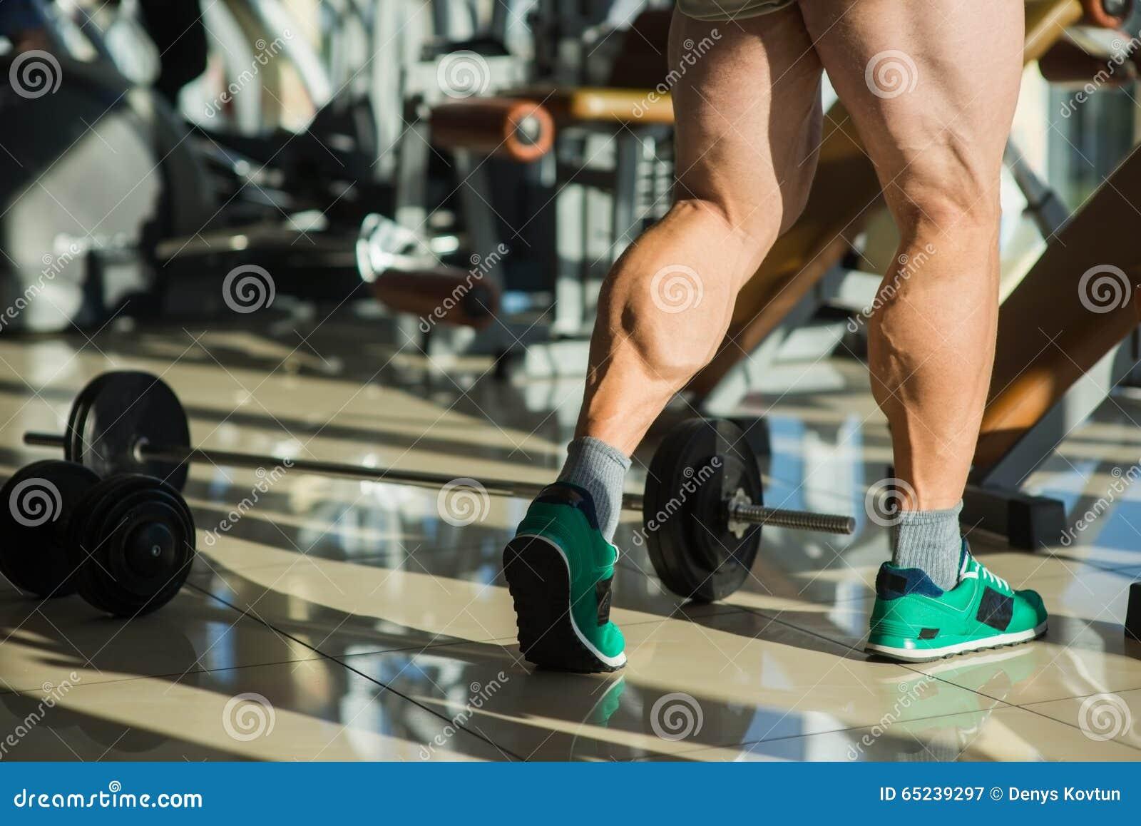 Le gambe dell uomo forte