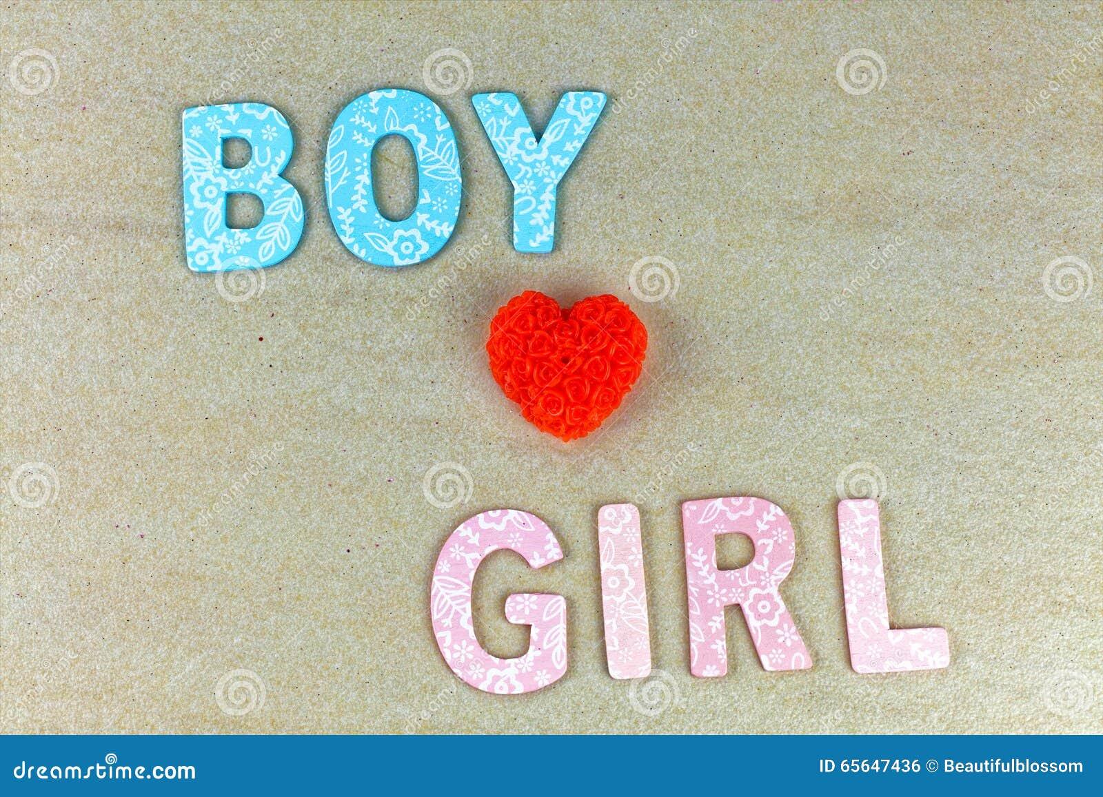 Le garçon aime la fille