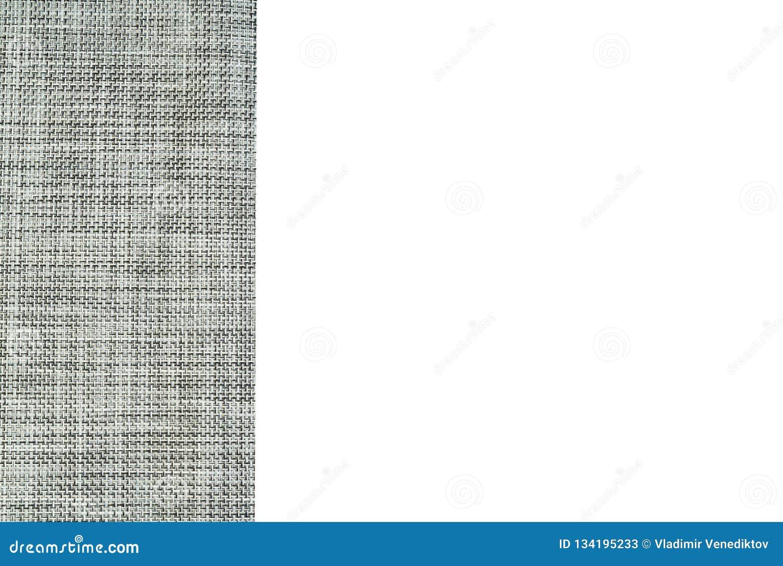 Le gris a donné au fond une consistance rugueuse de tissu d isolement