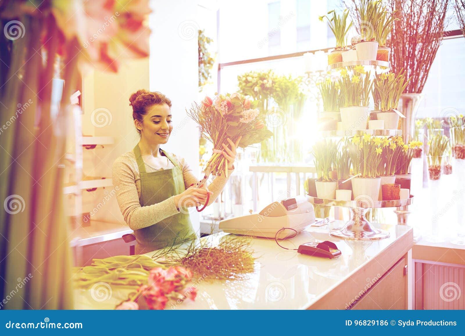 Le gruppen för blomsterhandlarekvinnadanande på blomsterhandeln