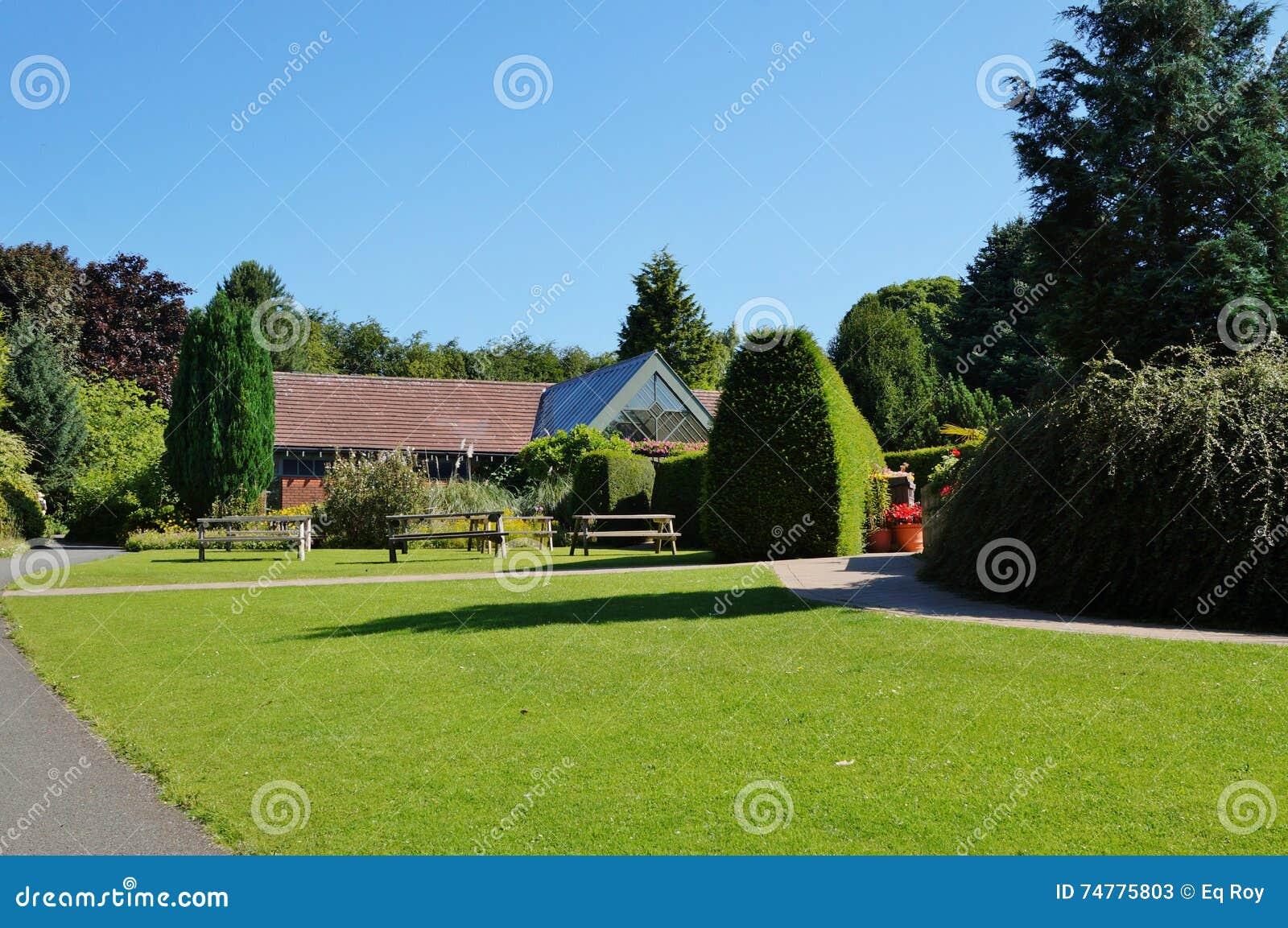le jardin botanique d 39 universit de durham photo stock ditorial image du anglais angleterre. Black Bedroom Furniture Sets. Home Design Ideas