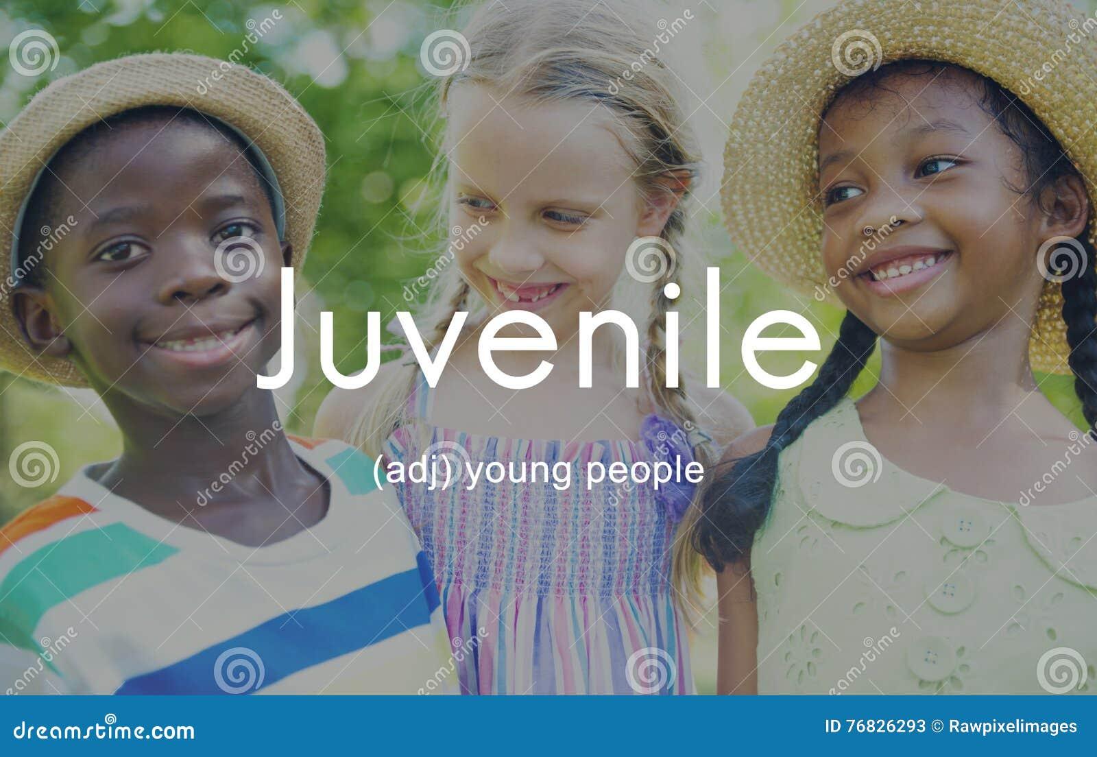 Le jeune badine le concept de jeunes d enfants de la jeunesse