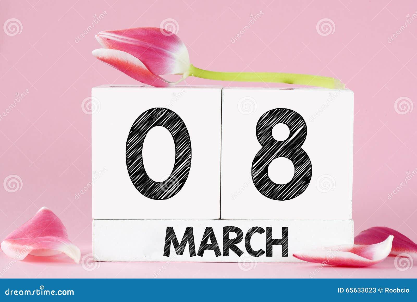 Le jour des femmes avec la fleur de tulipe