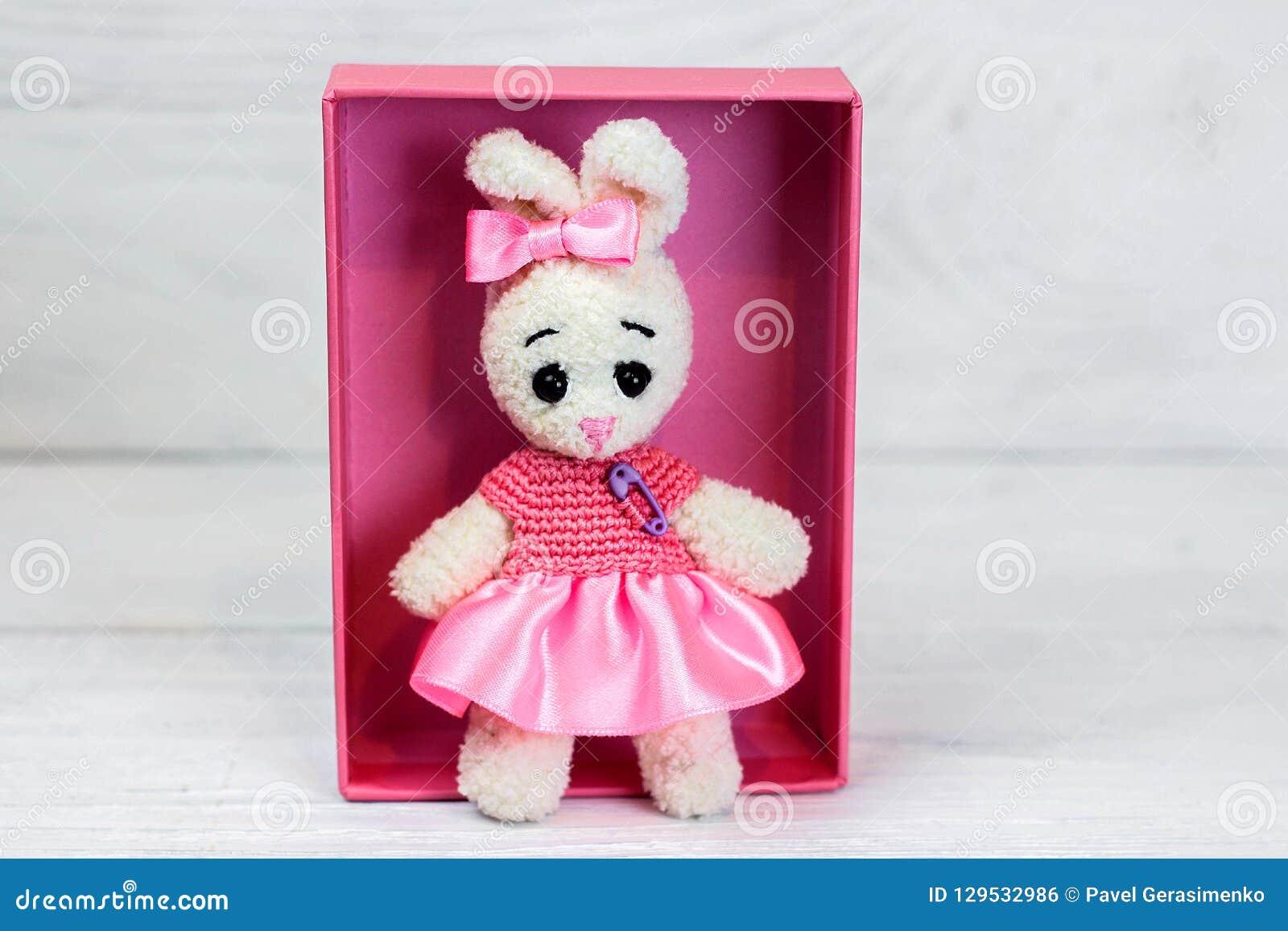 Happyamigurumi: Amigurumi pink rabbit/lapin rose! - crocheted gifts/  cadeaux crochet | 1156x1600