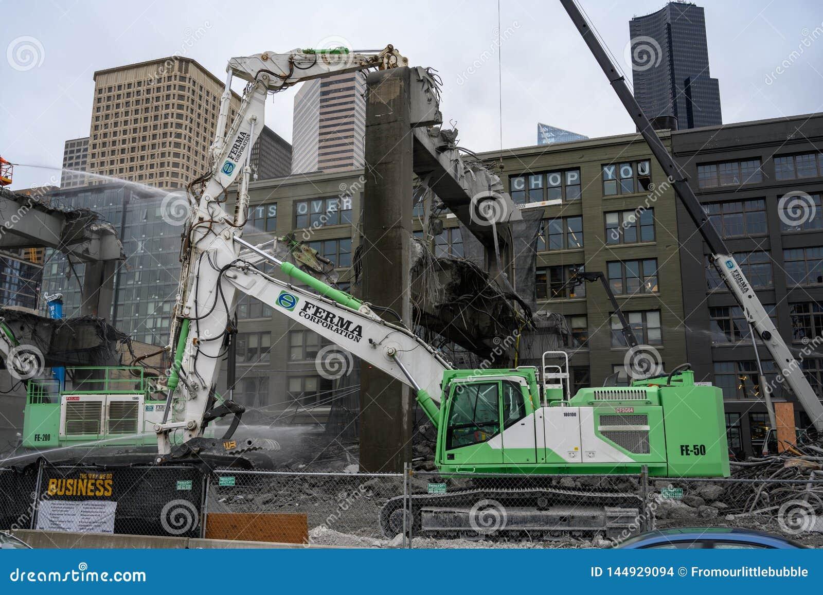 Le mandibole di demolizione del viadotto di Seattle masticheranno