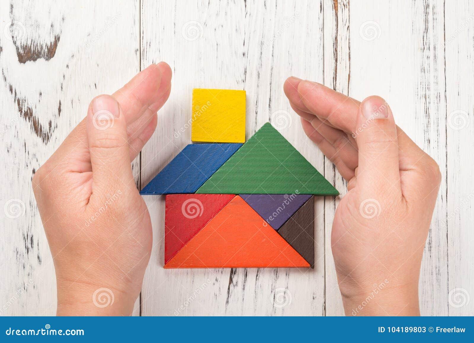 Tangram foto stock iscriviti gratis for Una pianta della casa di legno