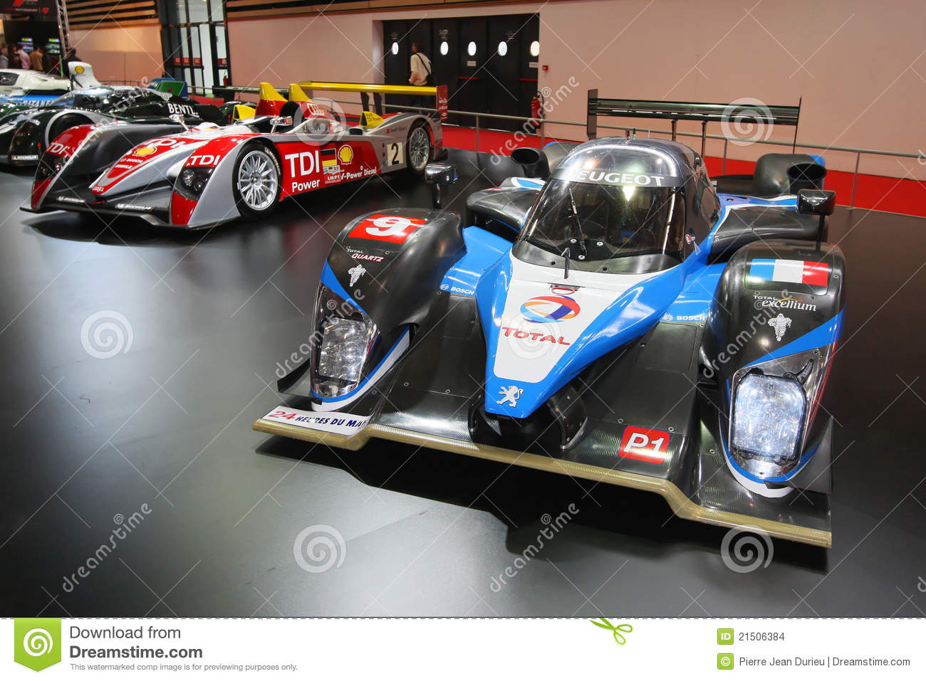 le mans winning cars stand editorial stock image image. Black Bedroom Furniture Sets. Home Design Ideas
