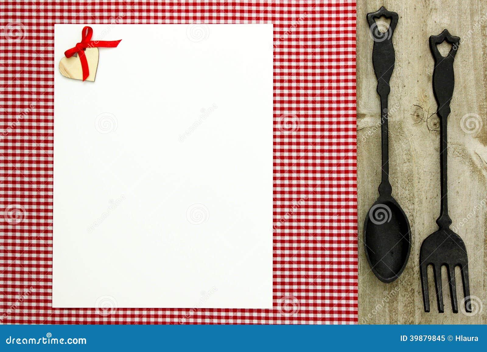 le menu blanc vide se connectent la nappe carreaux rouge avec la cuill re et la fourchette de. Black Bedroom Furniture Sets. Home Design Ideas