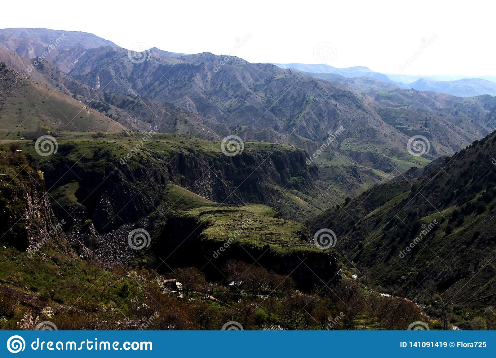 Le montagne dell Armenia - bellezza terrestre