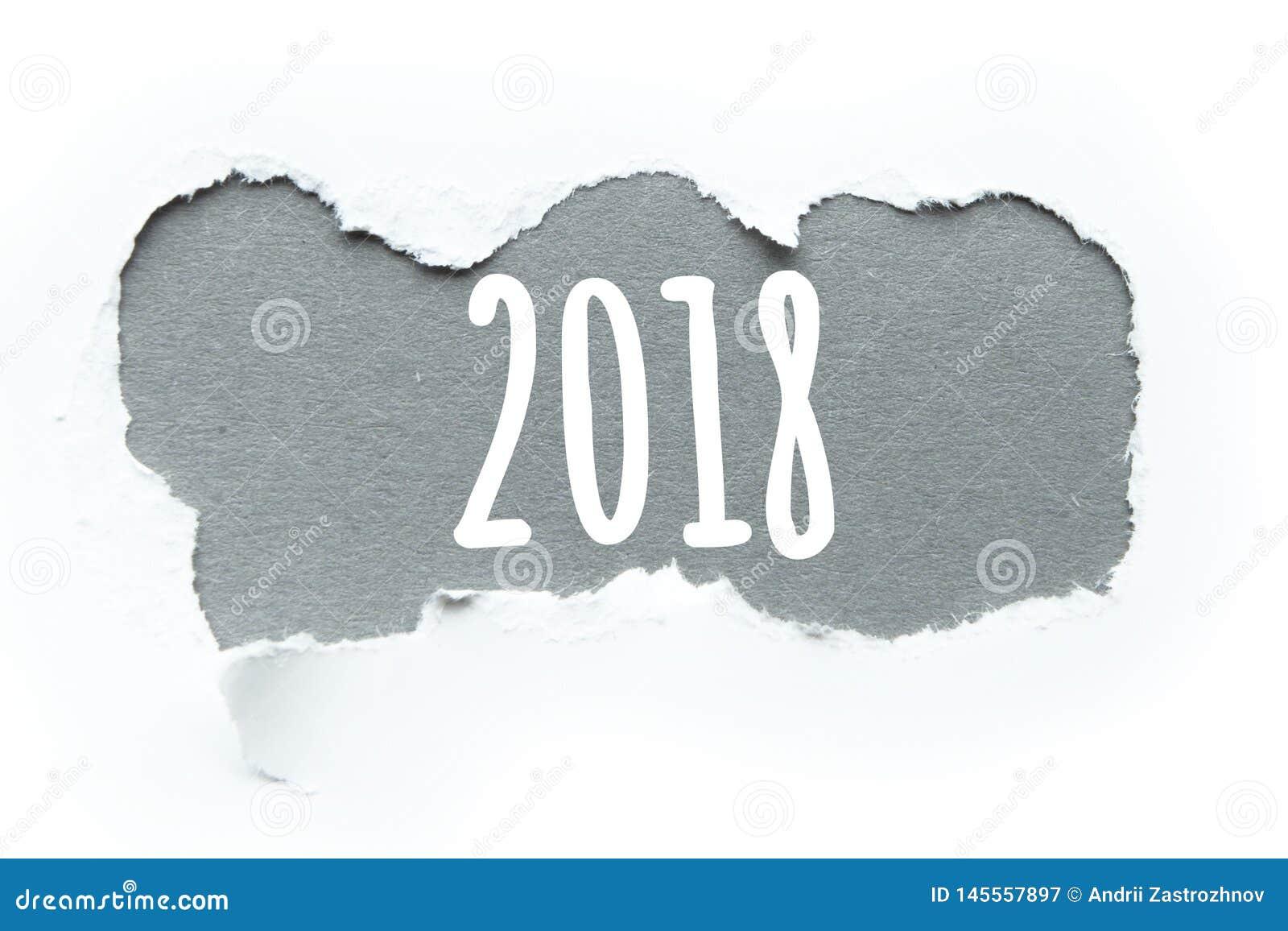 """Le nombre de l année """"2018 """"dans la rupture du papier, concept"""