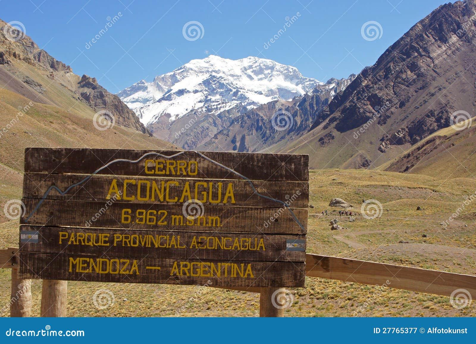 Le NP Aconcagua, montagnes des Andes, Argentine