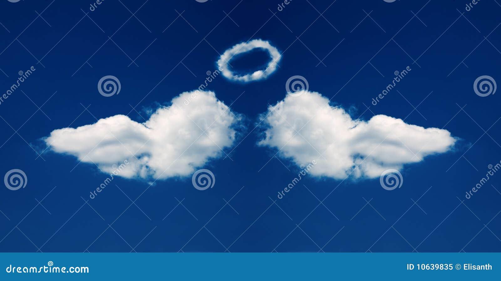 Le nubi di angelo hanno formato le ali del nimbus