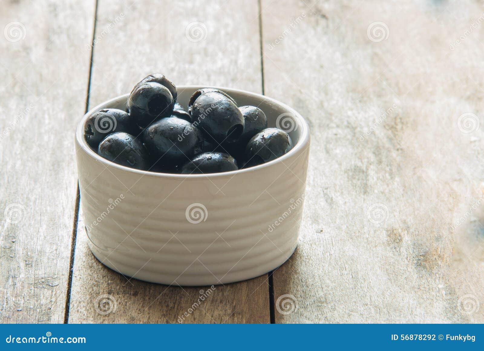 Le olive si chiudono in su