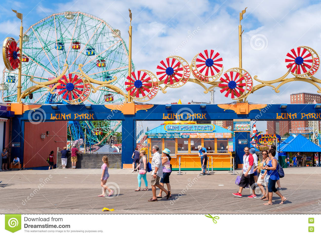 le parc d 39 attractions de luna park chez coney island new