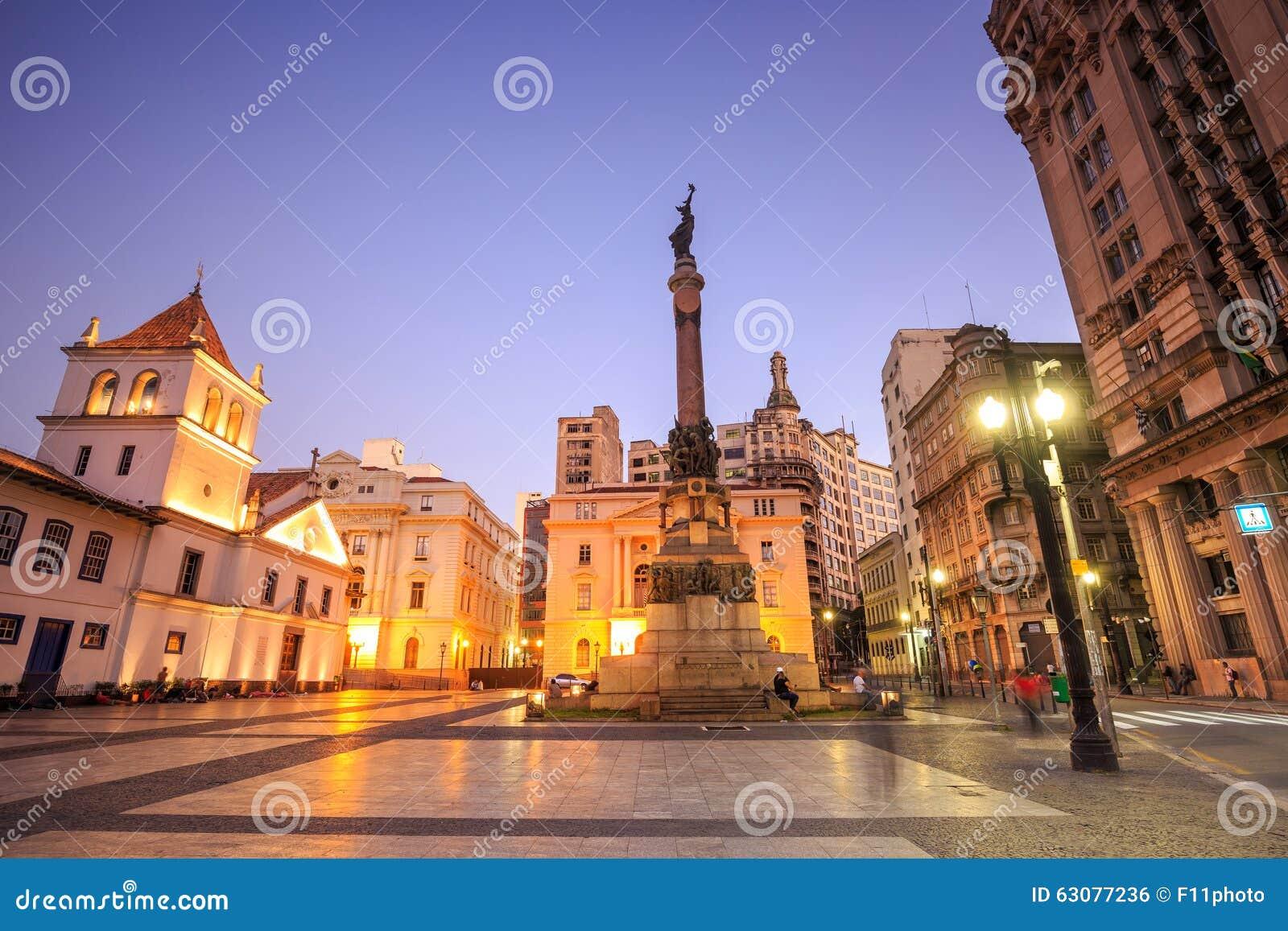 Download Le Patio Font La Place De Colegio à Sao Paulo Photo stock - Image du église, brazil: 63077236