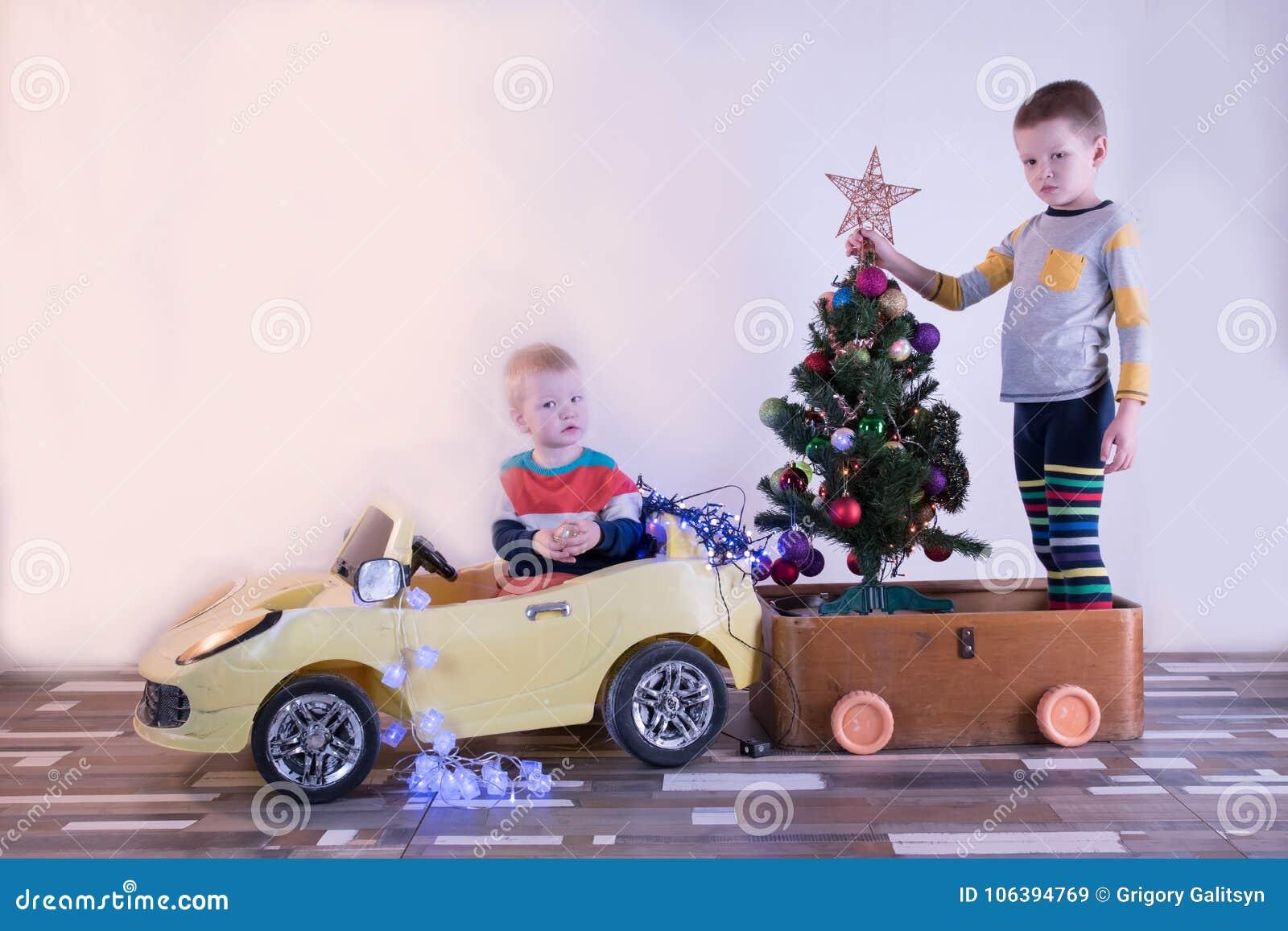 Jouet Petit Drôle Badine La Voiture De Conduire Le Avec Sourire L nNvm0w8O