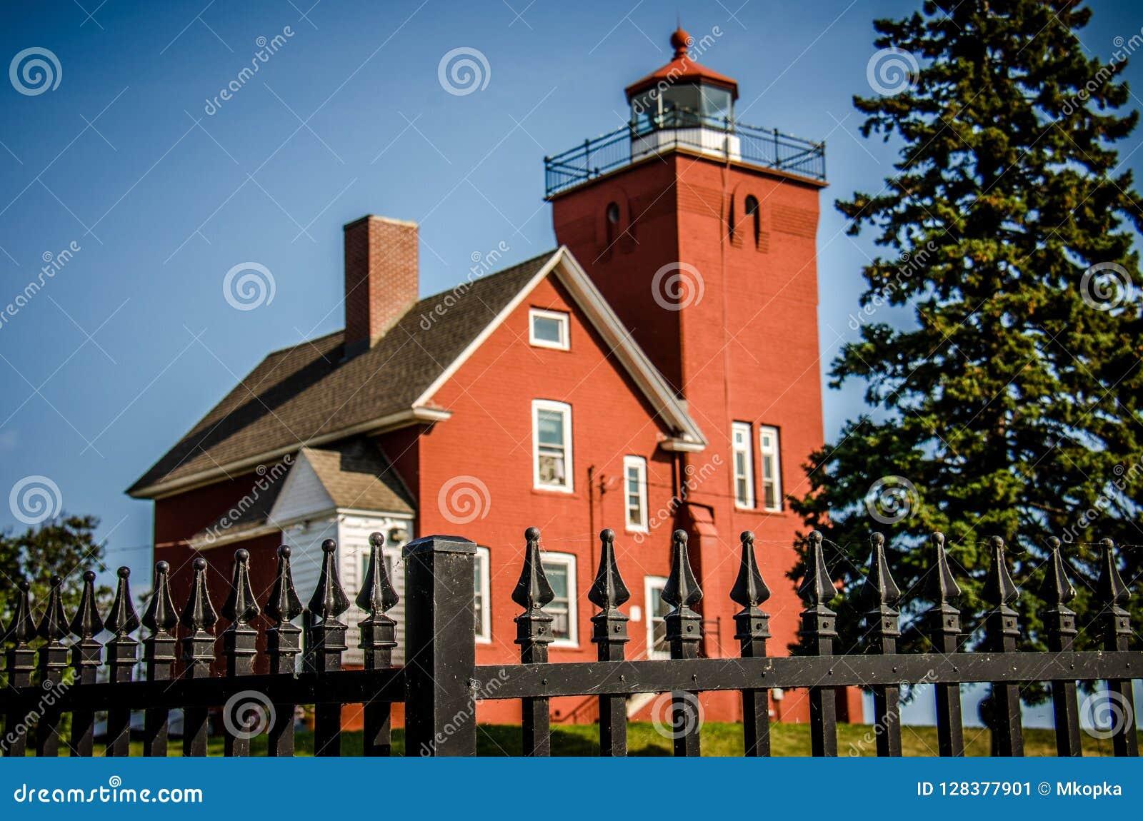 Le phare de deux ports est le phare le plus ancien de Minnesotas
