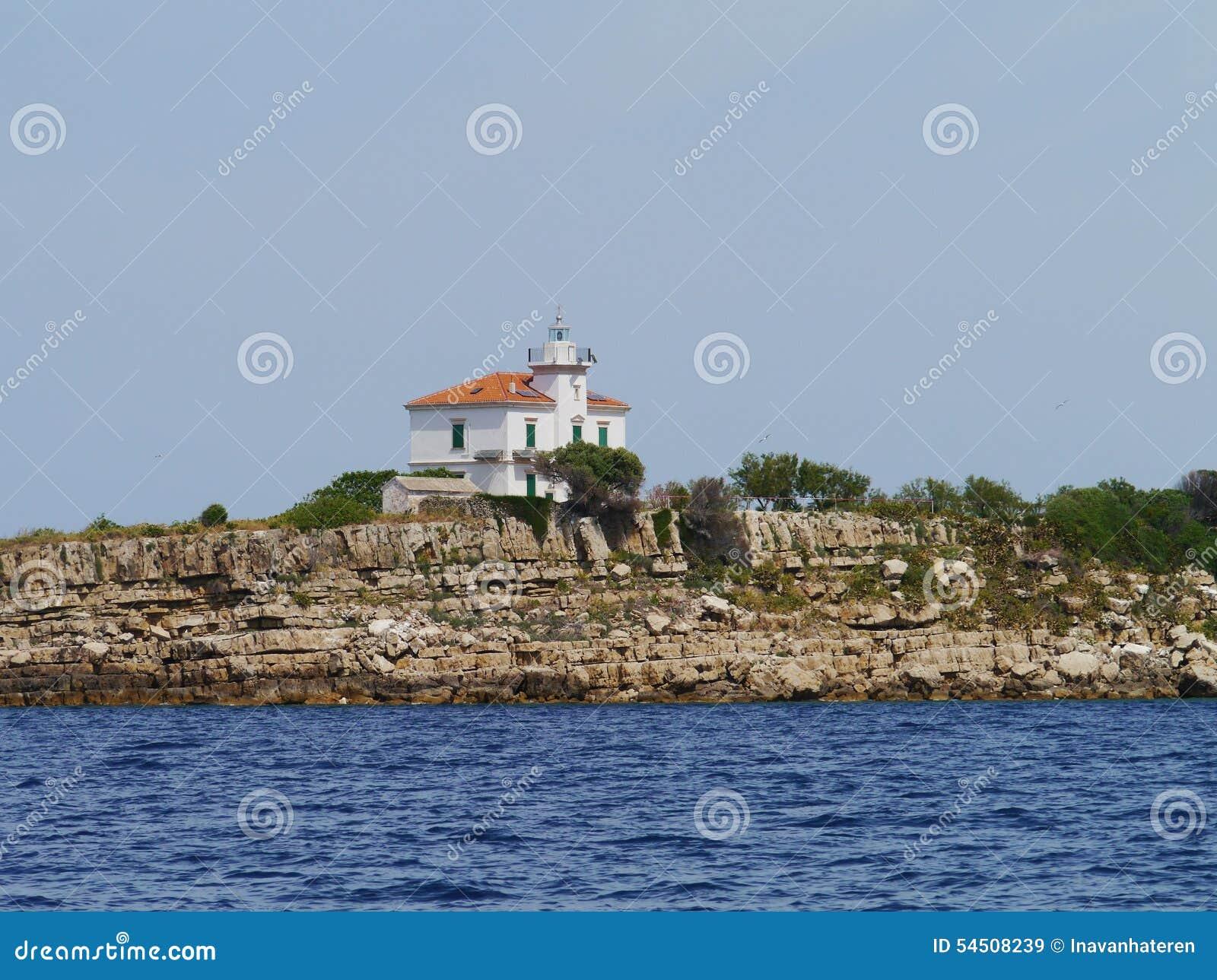 Le phare de Plocica en Croatie